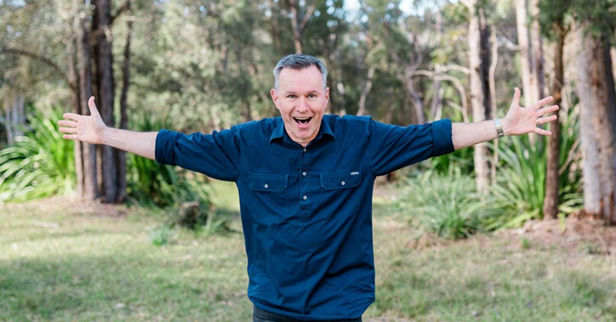 Children's Entertainer Colin Buchanan Creates Online Kids Church